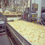 A convite da PepsiCo visitamos a unidade ItuSP para provar as finalistas da promoo Faame um Sabor nos sabores Burritatas Calabreonda e Feijuuuca alm de conhecer a fbrica e acompanhar a produo das clssicas ruffles do incio ao fim ruffles pepsico