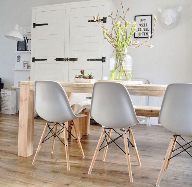 comedor estilo nrdico con sillas eames blancas - Eames Silla