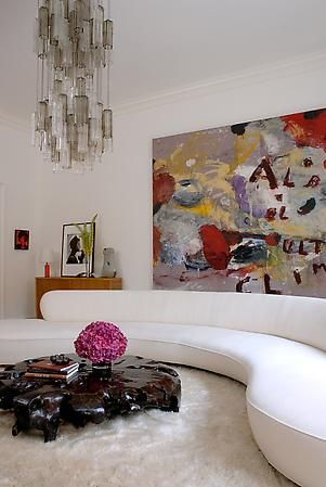 Parsons School Of Design Graduate Julie Hillman Began Her Career As A Fashion Designer However After 10 Years Design Townhouse Designs Beautiful Interiors