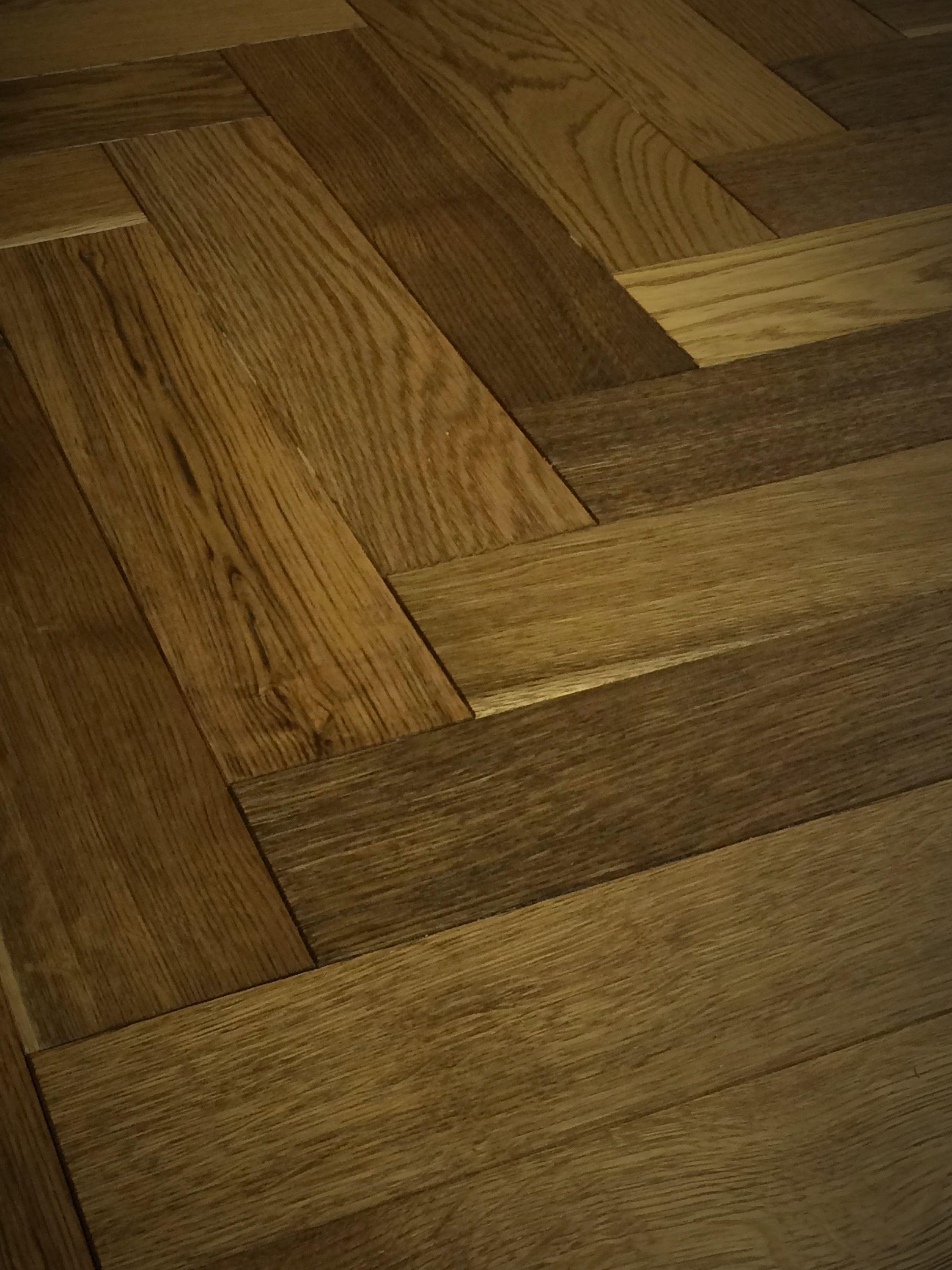 Engineered Wood Flooring Herringbone 18mm X 90mm Pyrenees Smoked