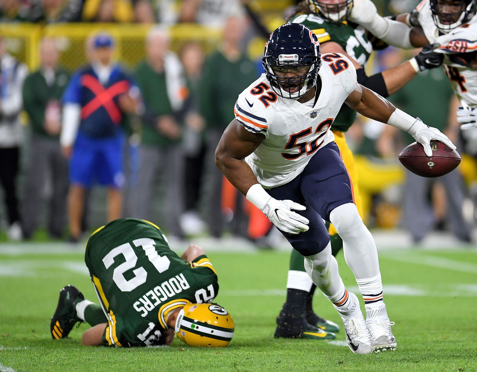 For Three Minutes Khalil Mack Was A God Chicago Bears New England Patriots Tickets Mack