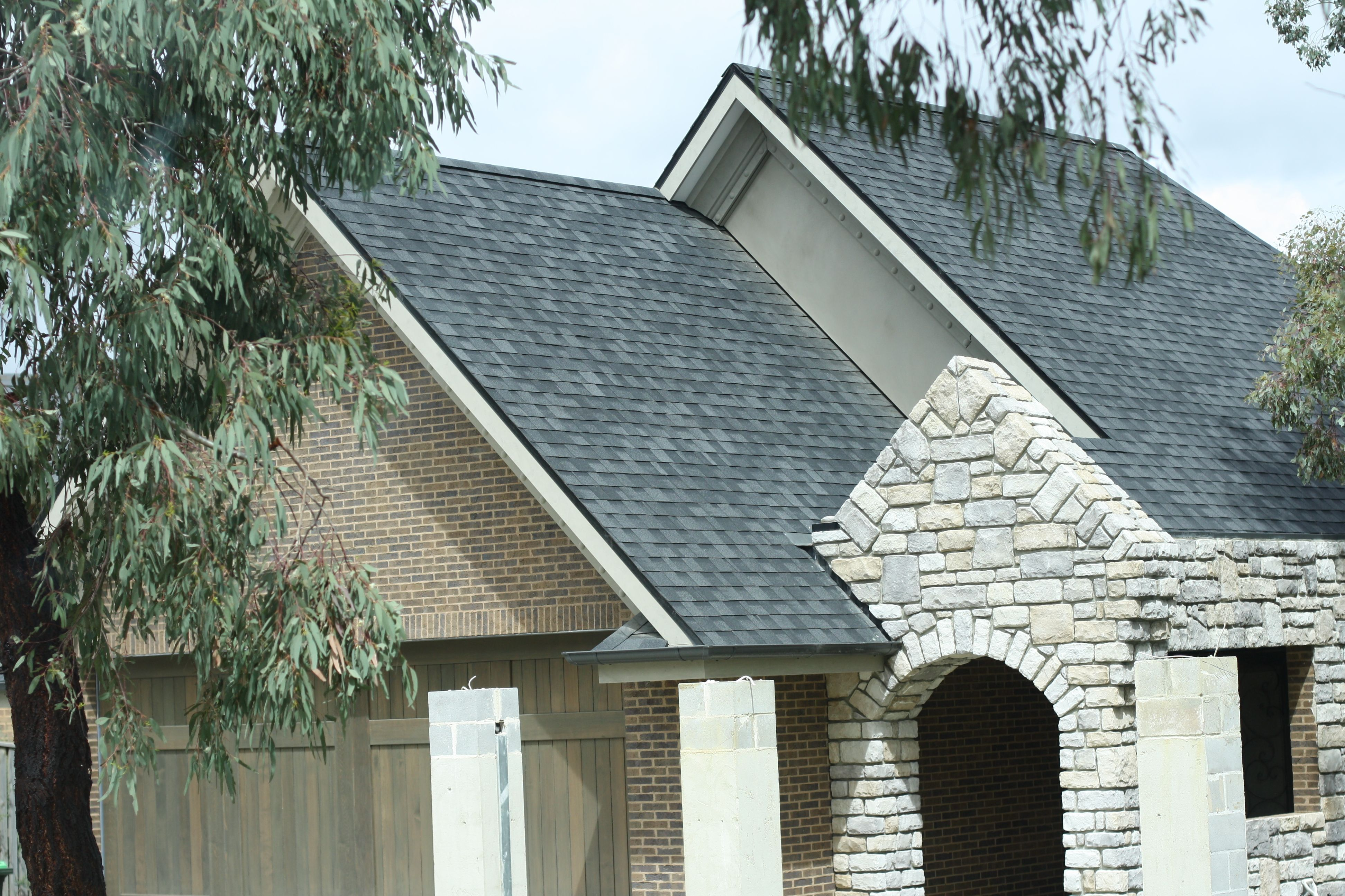 Asphalt Shingles Roofing Materials Roof Supplies Australia Asphalt Roof Shingles Roof Shingles Aluminum Roof