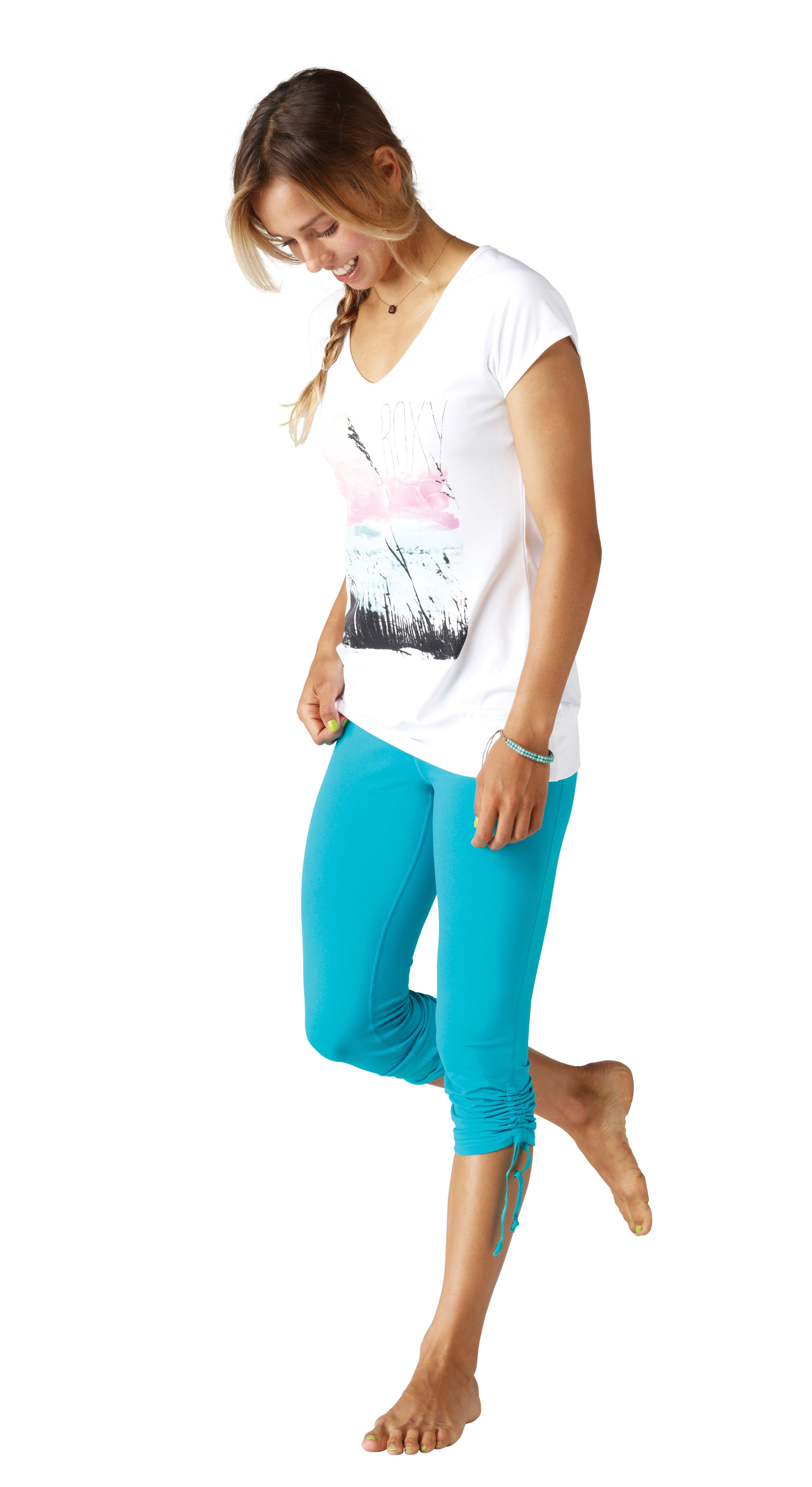 218eaf50515 Team rider Sally Fitzgibbons wearing the  ROXYOutdoorFitness Enhance Capris    the Fresh Water Sea Salt Shirt