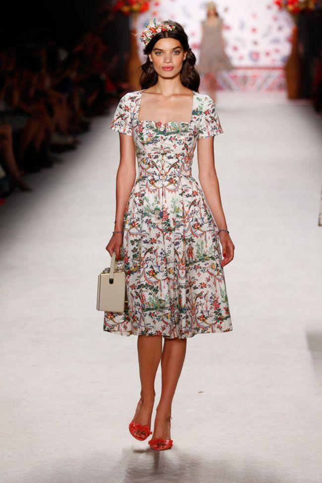 lena hoschek fashion week berlin fr hjahr sommer 2016 modewelt f r 2016 pinterest. Black Bedroom Furniture Sets. Home Design Ideas