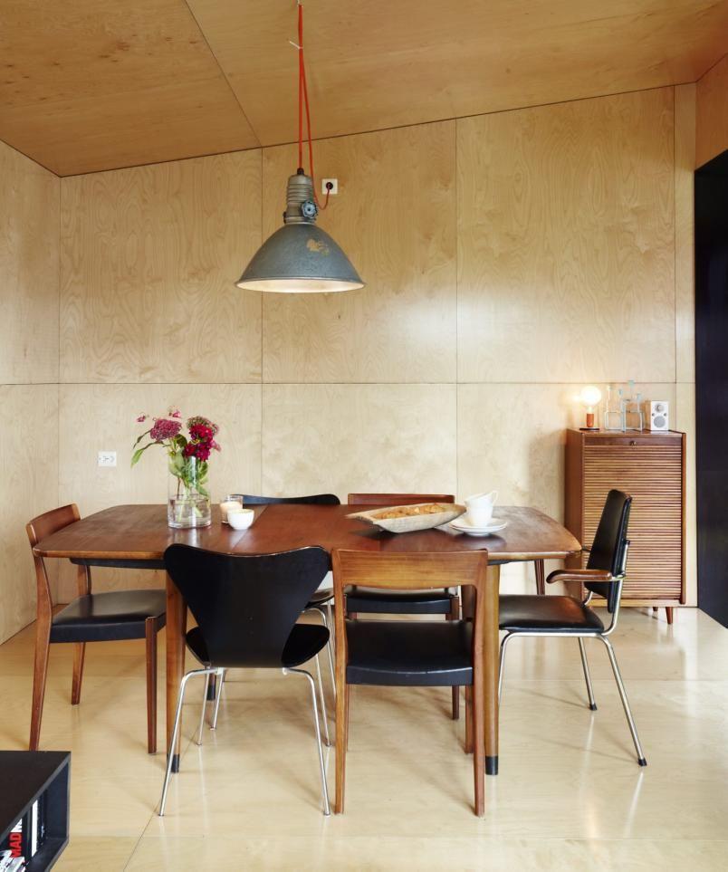 Renovation Rumble Kitchen: GJENBRUK: Et Røft, Industrielt Uttrykk Fra 1960-tallet Er Et Gjennomgangstema Både Utvendig Og
