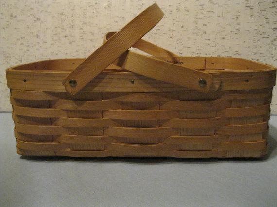 Vintage Tin Picnic Basket Yellow Brown Woven Wicker Design Wood Handles Hinged Lid Metal Clasp