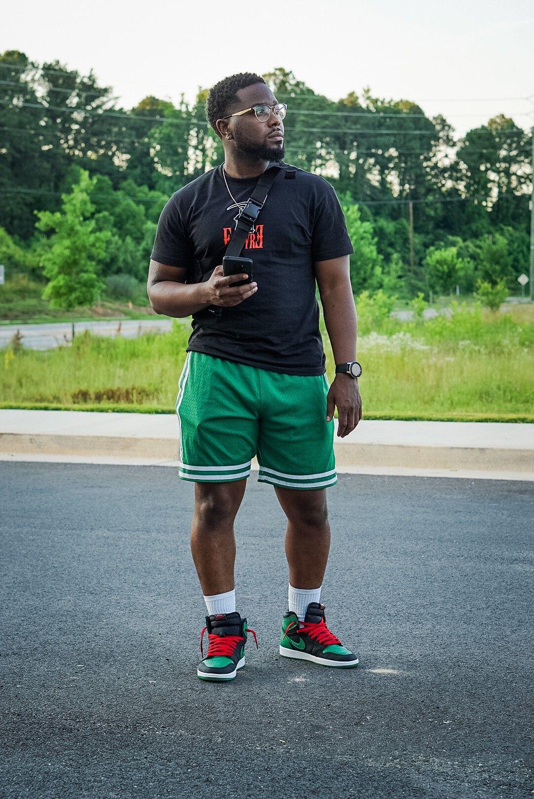 Air Jordan 1 Pine Green Clothing