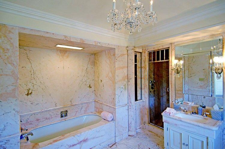 Celebrity Bathroom: Nicolas Cage (Bel-Air)