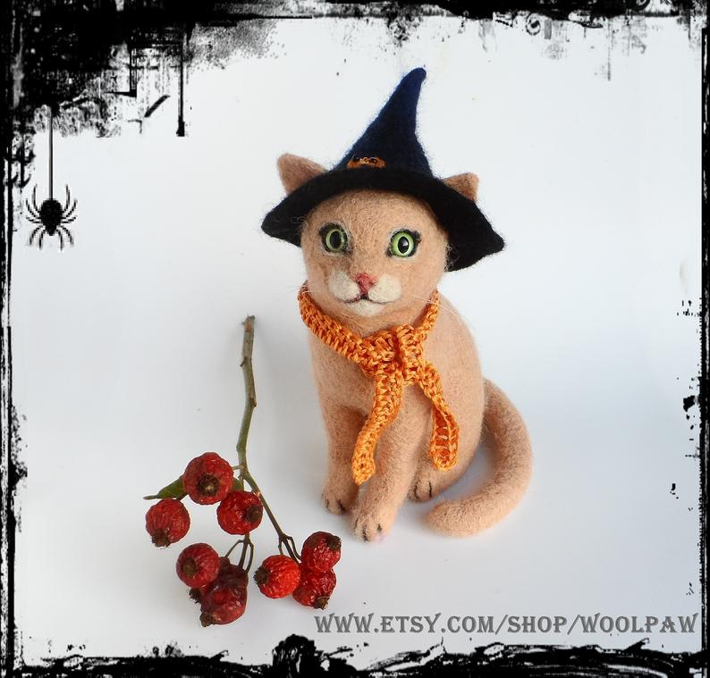 Cat in a Witch's Hat Halloween Gift Needle Felted Cat Holiday Decor October Birthday OOAK Art Animals Figurine Sculpture Miniature Wool Felt #needlefeltedcat