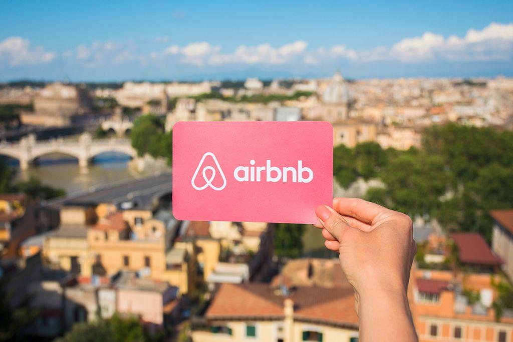 airbnb priima bitcoin