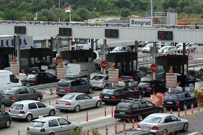 У напредној Србији ни измештање наплатне рампе (Бубањ поток) не може да добије српска фирма  РАДОВИ на измештању наплатне рампе Бубањ поток на аутопуту Београд-Ниш почеће сутра, речено је агенцији Бета у Министарству грађевинарства, саобраћаја и инфраструктуре