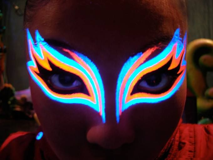 Luchadorette UV makeup face Pinterest Neón, Maquillaje y