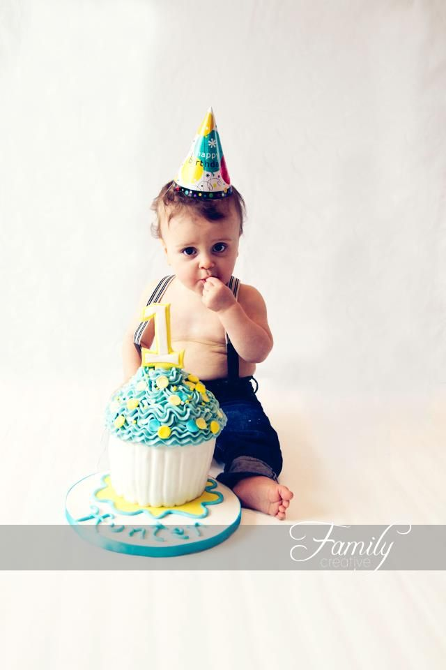 1st Birthday Cake Smash Photo Session