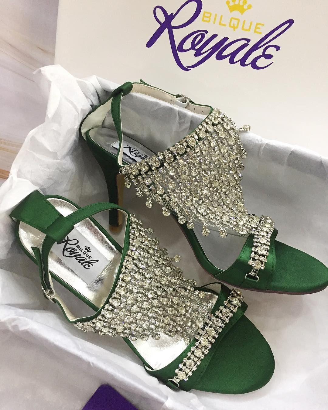 33+ Fashion Sepatu Wanita 2019