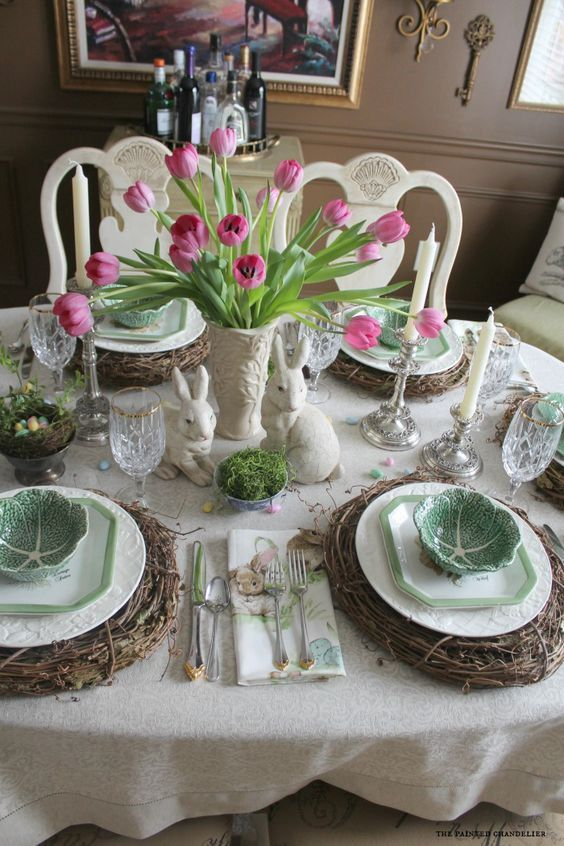 Cabbage Bowls On Italian Lettuce Plates With Pink Tulips