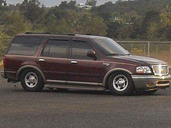 Ford Expedition Lighting Front End Lowered Ford Expedition Lowered