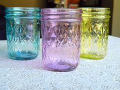 Elmer\'s glue and food coloring on Mason jars | Clever crafts and ...