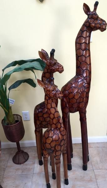 Wooden Giraffe Statues Set Of 3pc In 2019 Home Decor