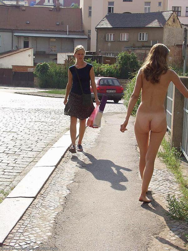 naked pics of dani behr