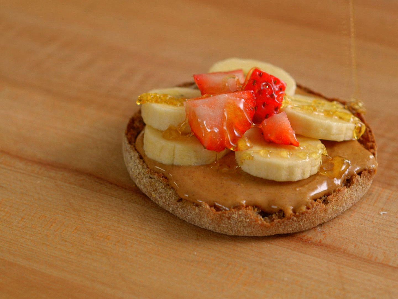 Peanut butter banana english muffin sandwich recipe english peanut butter banana english muffin sandwich forumfinder Images