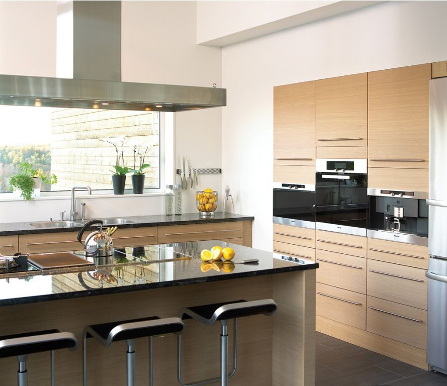 Beautiful Luxurious Kitchen Set Decorating Ideas www.bedhomes.com ...