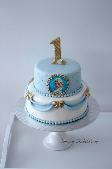 Emmas KakeDesign: Frost cake with Elsa and Olaf! www.emmaskakedesign.blogspot.com