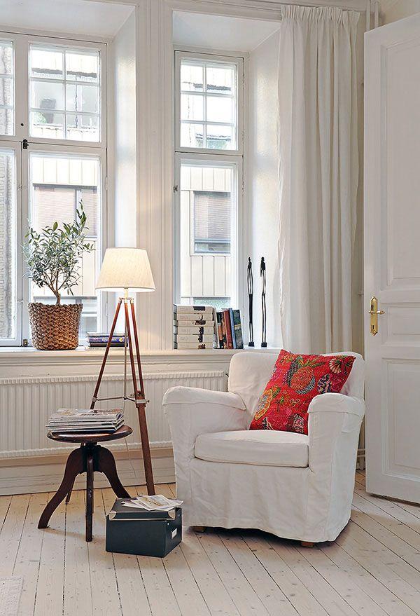 hay un lugar en la vivienda que requiere de un estudio previo para estar lo ms cmodos posibles se trata del espacio de lectura o de relax - Sillon Lectura