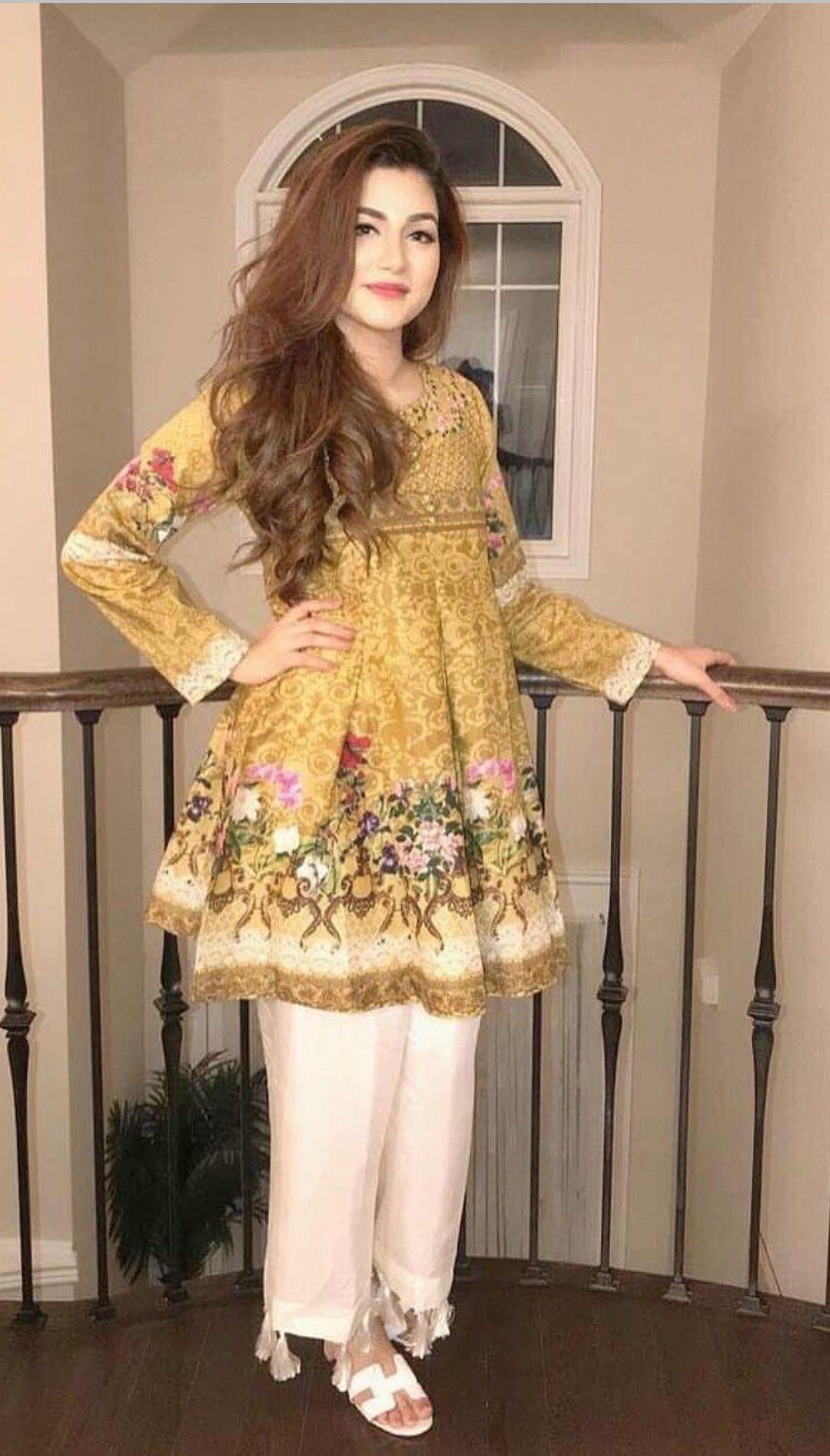 Pin von Novera Arif auf Pakistani dresses | Pinterest ...