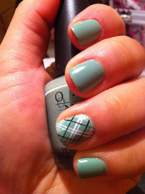 cute plaid nail design