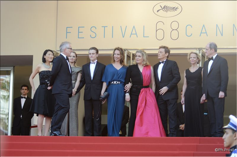 Les premières photos du 68e Festival de Cannes qui démarre la tête haute