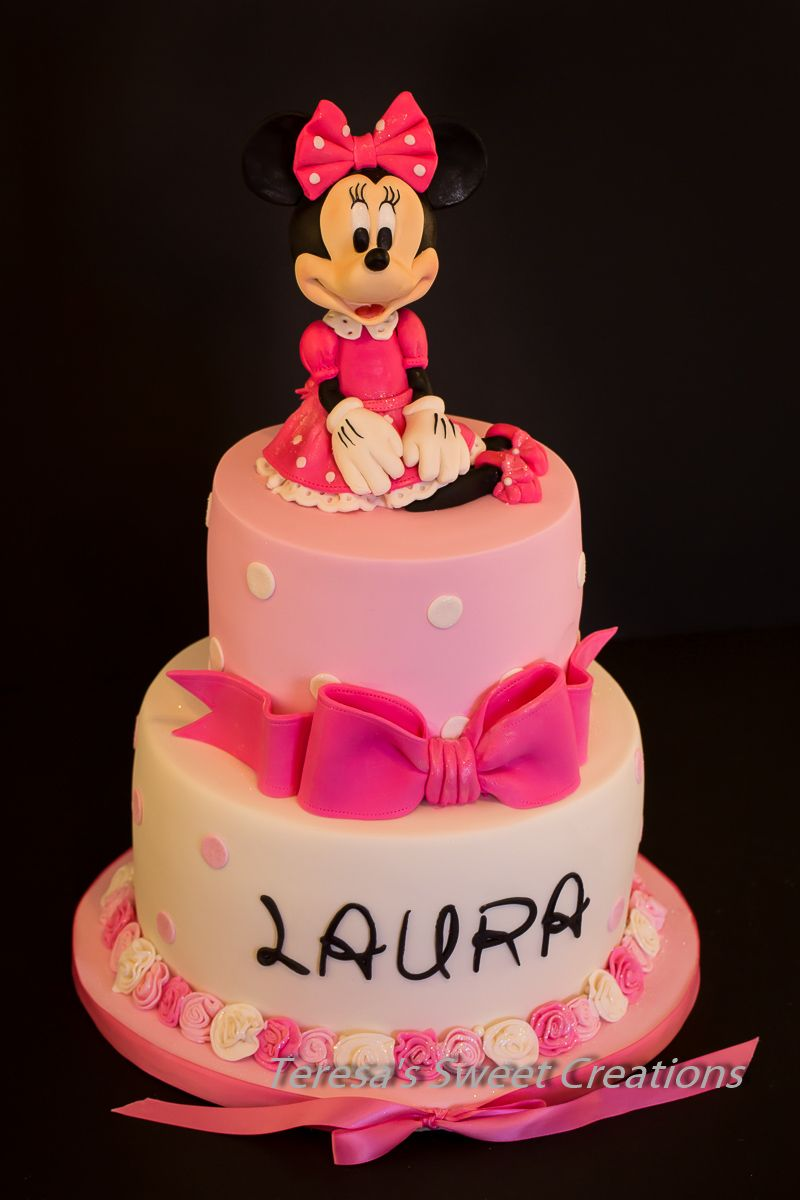 Minnie Mouse cake all edible and handmade by me Its pink and