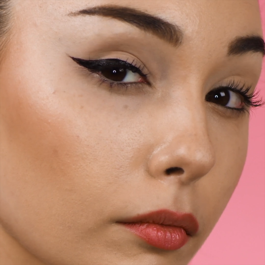 Check out this bobby pin hack to get the perfect wing eyeliner! fillers kiss