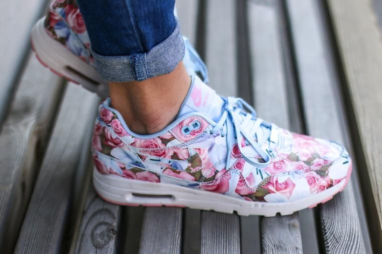 chaussure fille nike 30