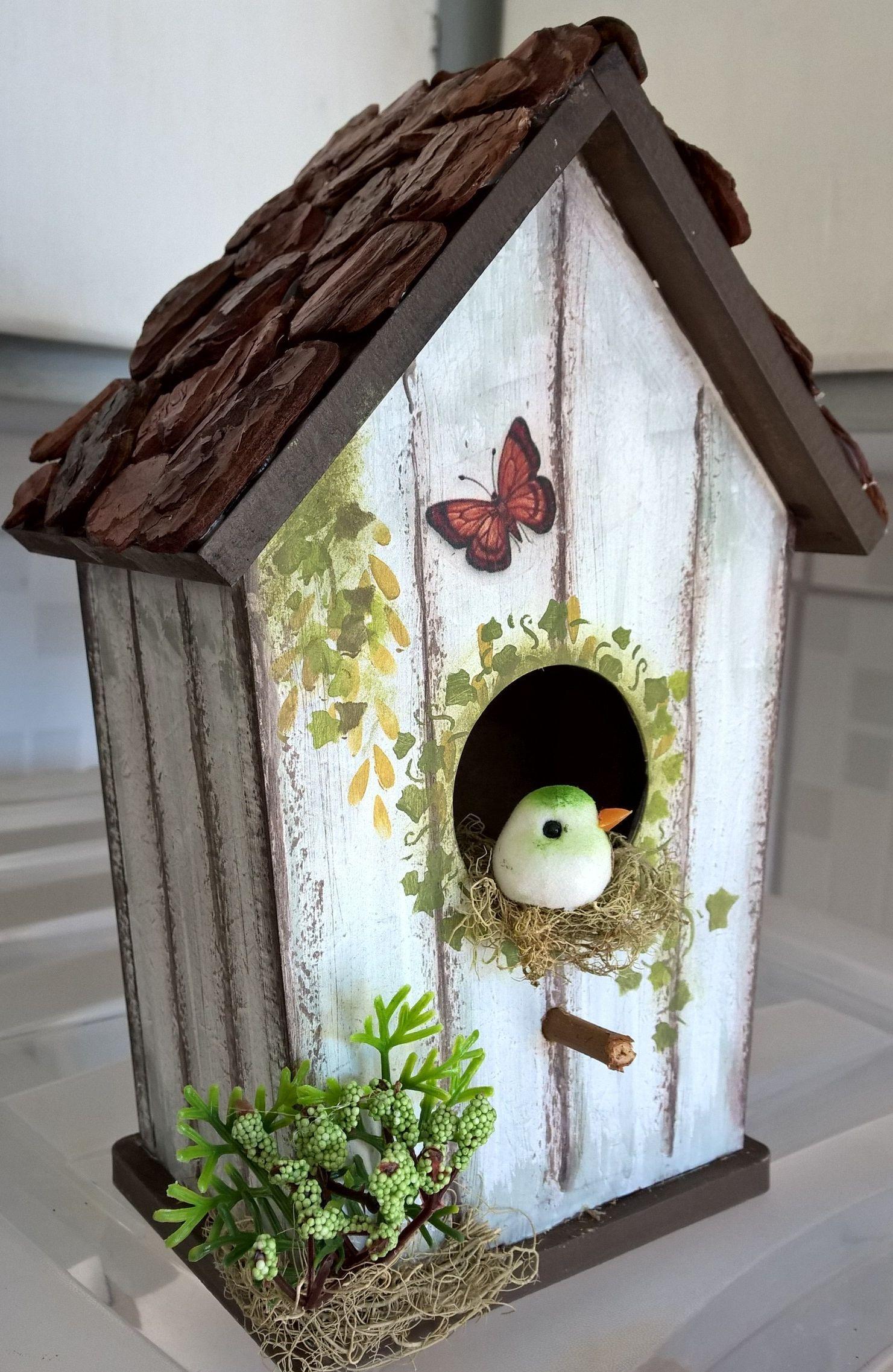 Birdhouses Birdhouses Birdhouses In 2020 Bird Houses Painted Bird Houses Ideas Diy Decorative Bird Houses