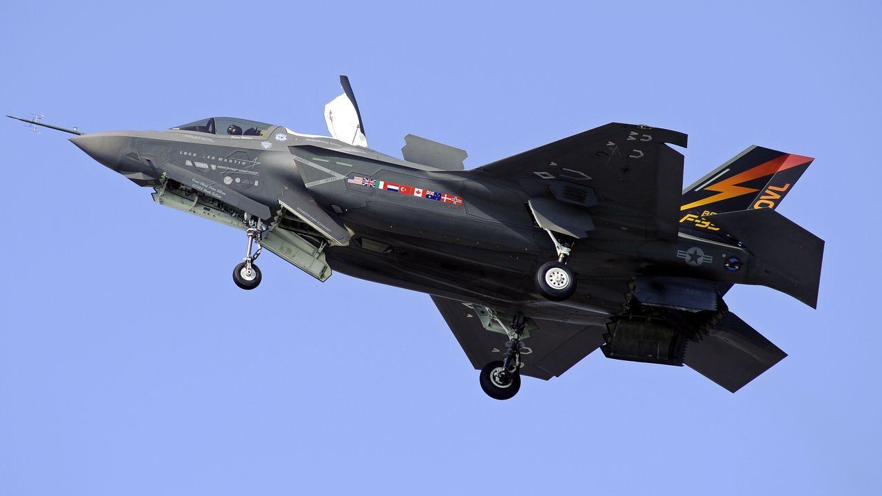 Amerikaanse gevechtsvliegtuig F35 is voor het eerst in