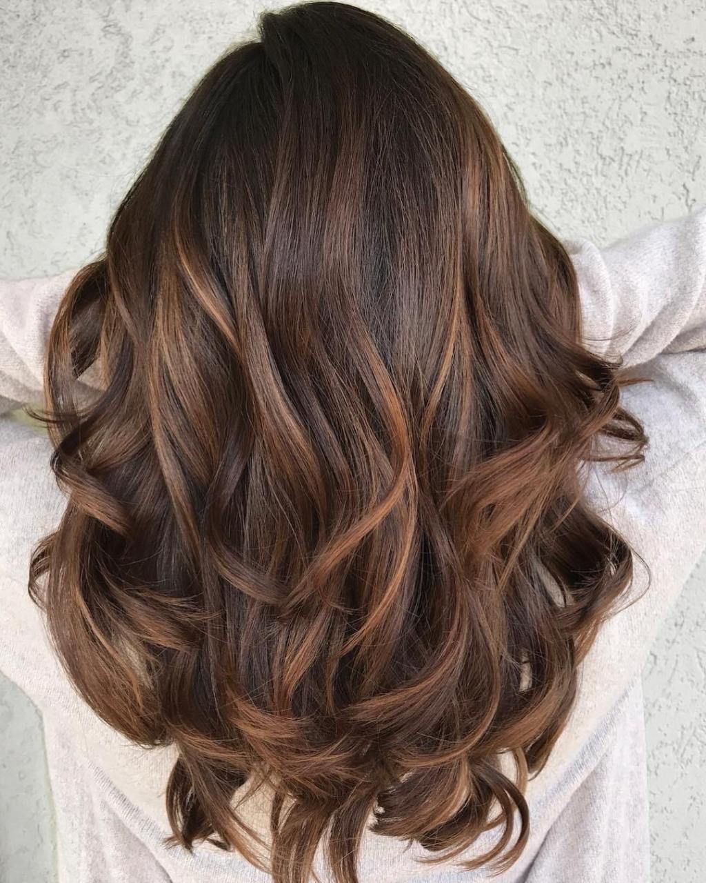60 Looks With Caramel Highlights On Brown And Dark Brown Hair Mocha Color Hair Brown Hair Balayage Brown Hair Colors