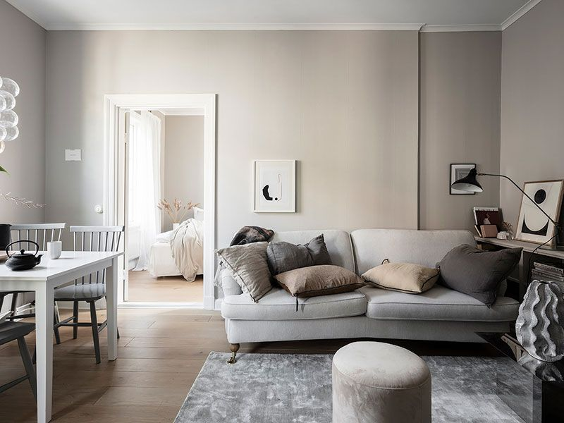 Small Scandinavian Apartment With Warm Interiors 41 Sqm