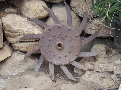 Antique Rusty Primitive Case Iron Rotary Hoe Wheel Garden Farm Yard Art  Decor D