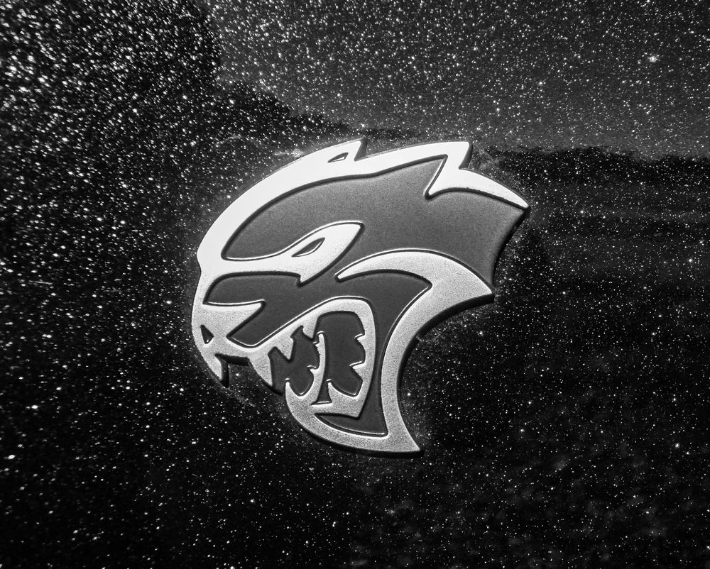 Close Up HELLCAT emblem SRT DEMON, HELLCAT, WIDE BODY