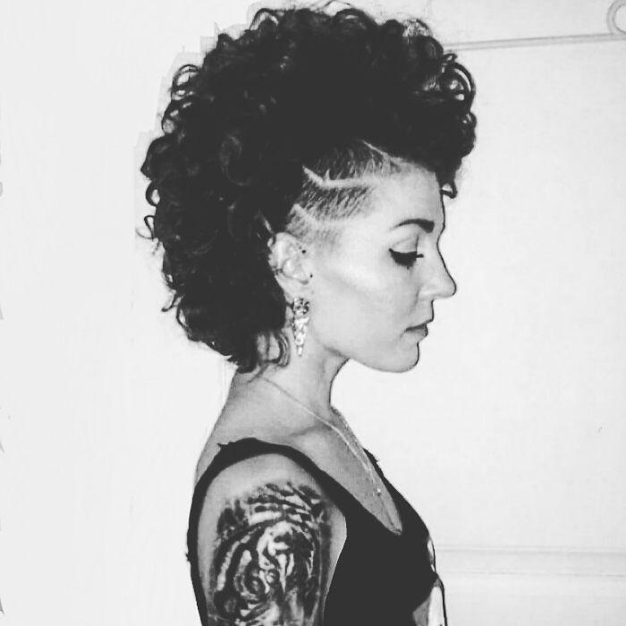 New stripes   Artist: @janemedusa  #tattoos #inkfreakz #realism #inkjunkeyz #inked #eartattoo #blackandgrey #myworldofink #support_good_tattooers #smalltattoo #inkgirl #curlinspiration #minimalistictattoos #tattoo_art_worldwide #girlswithcurls #tigertattoo #beautifulanimal #sidecut #tattoosforgirls #inklove #feminine #lovetattoos #girlswithtattoos #tattoo #thebesttattooartists #shavedstripes #curlygirl #inkinspiration #shorthairrocks by line_h_bille