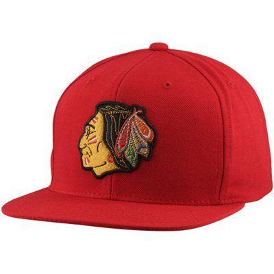 1b568ea31ea Mitchell   Ness Chicago Blackhawks Basic Vintage Logo Adjustable Hat - Red