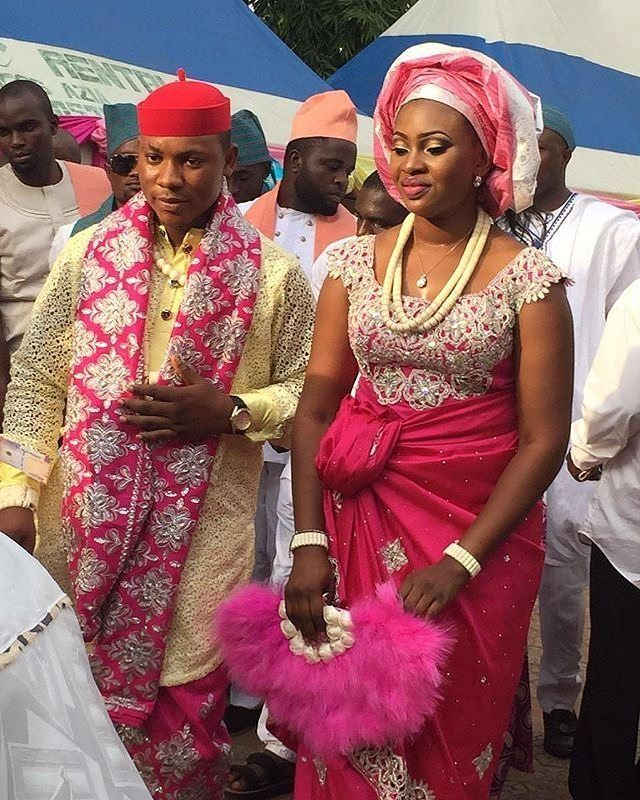 Nigerian Wedding Fashion: Real Igbo Bride... Pic Via @ms_ogeezy #tradlook #instapic