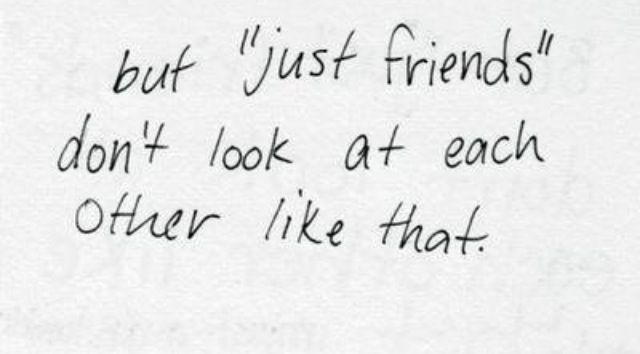 """""""Charlie ubd ich sind nur noch gute Freunde."""" Ethan lacht trocken. """"Aber """"Freunde"""" sehen sich nicht so an wie ihr."""""""