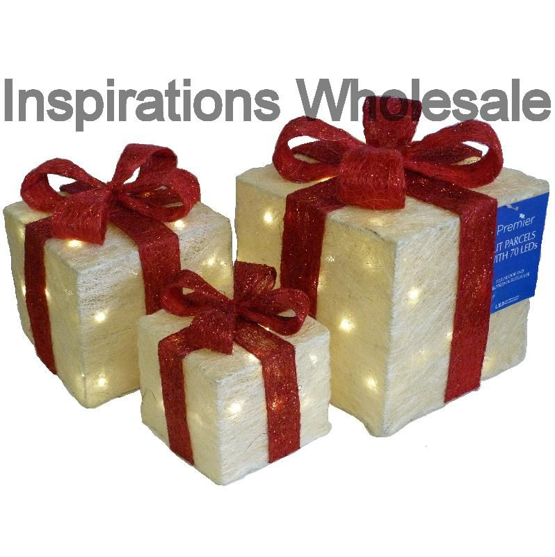 3 Light up Christmas Parcels in White with a Red Ribbon - Christmas Lights - 3 Light Up Christmas Parcels In White With A Red Ribbon - Christmas