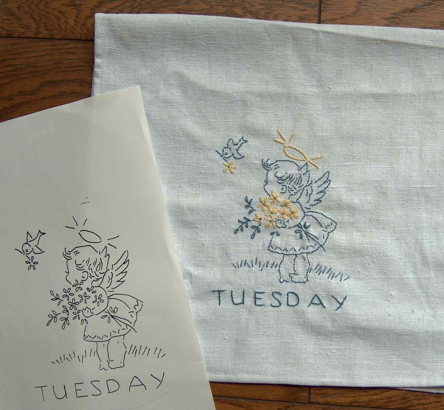 On sale pdf sunbonnet sue vintage 1930s days of the week on sale pdf sunbonnet sue vintage 1930s days of the week embroidery pattern for tea towels bankloansurffo Images