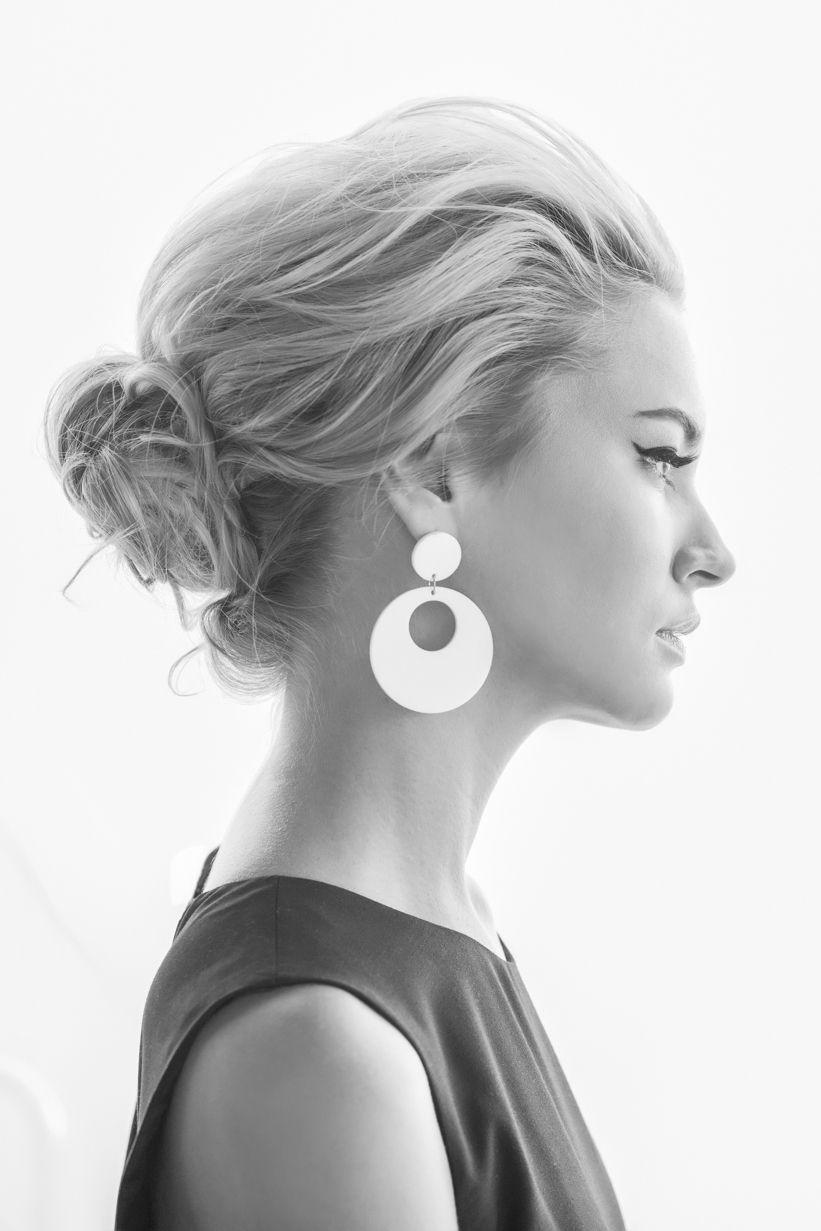www.tracykahn.com Bryana Holly woman model beauty hair white vintage ...