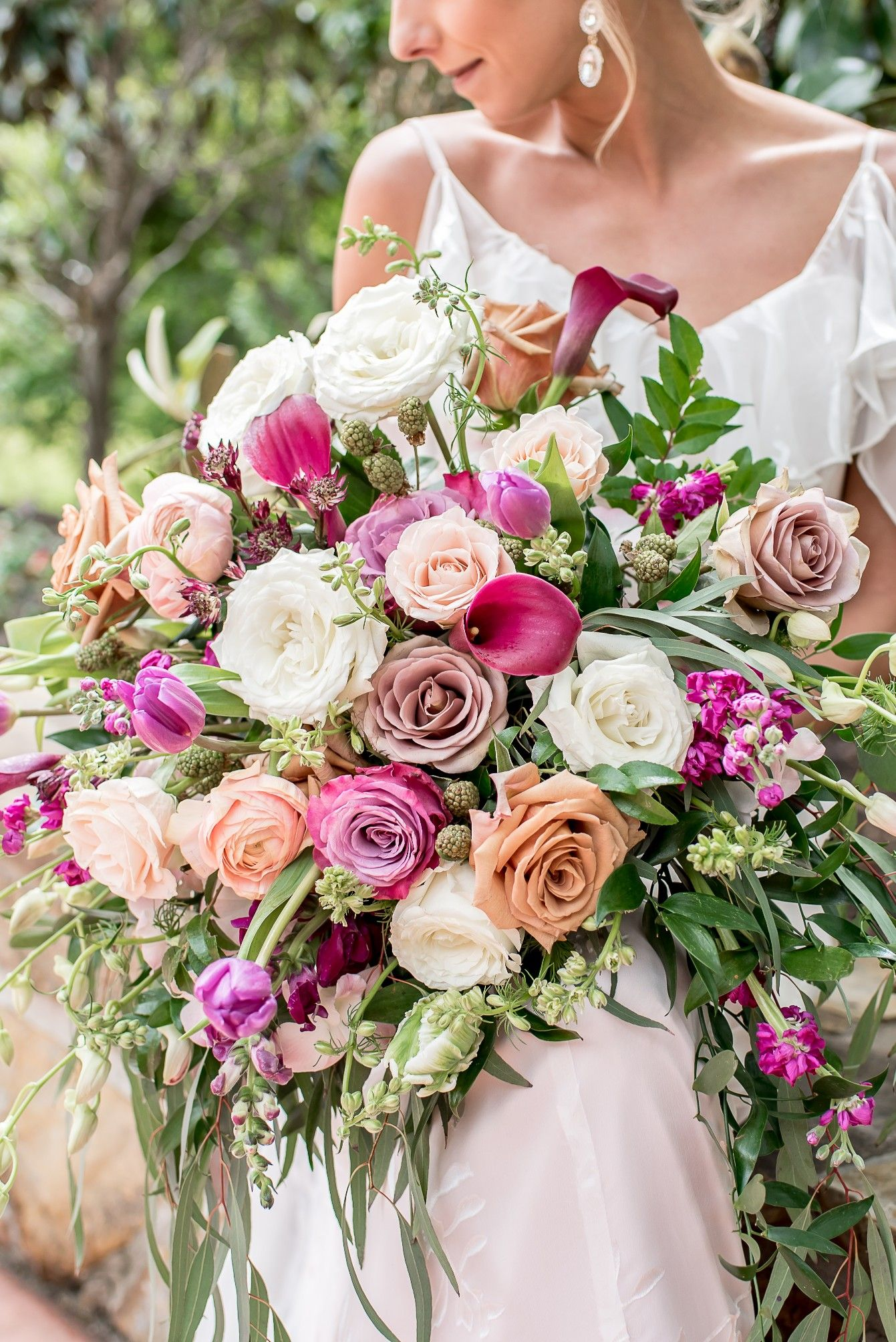 Pin By Samila Co On Garden Wedding Wedding Dresses Romantic Floral Wedding Curated Wedding