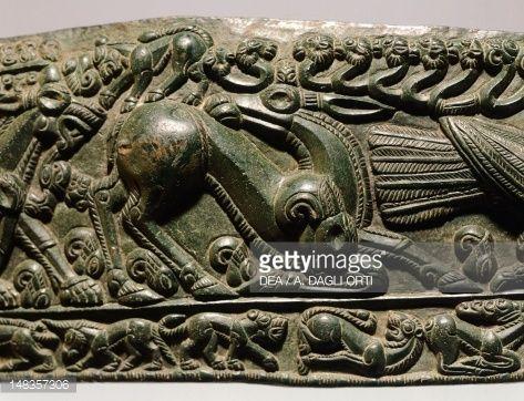 Unique 2,000-Year-Old Hexagonal-Shaped Bronze Matrix Of Sarmizegetusa Cf55386eb8aa76d64062f2daf1cd4dec