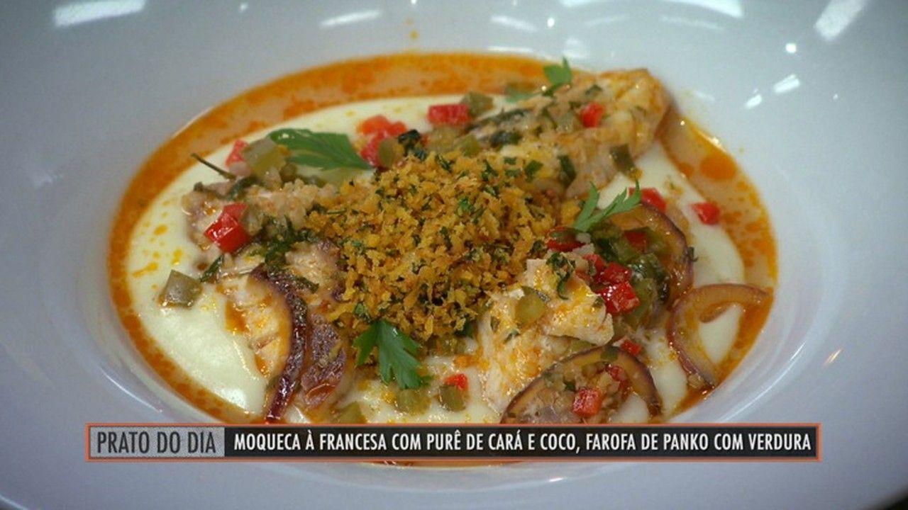Moqueca à Francesa com pure de cará e coco e farofa de panko com verduras - Que Marravilha! - GNT