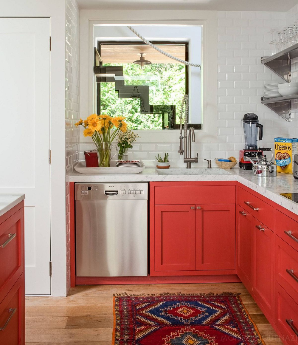 20 Best Small Kitchens From New York City That Inspire With Creativity Red Kitchen Cabinets Kitchen Decor Sets Small Apartment Kitchen Decor